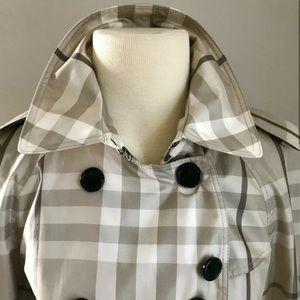 Burberry Jackets & Coats - Auth. RARE Burberry London Hawkesbury trench S6